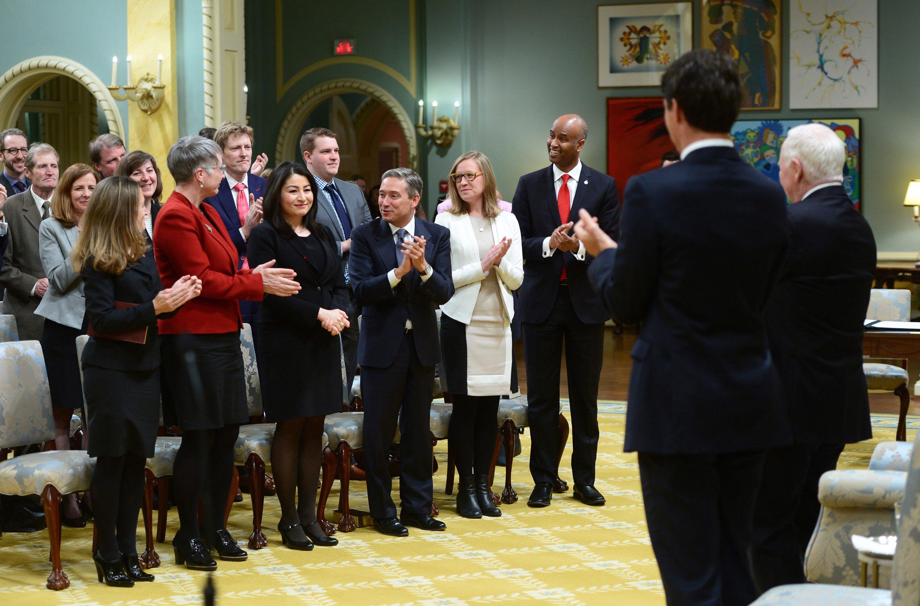 Cabinet trudeau le devoir - Cabinet du ministre de l interieur ...