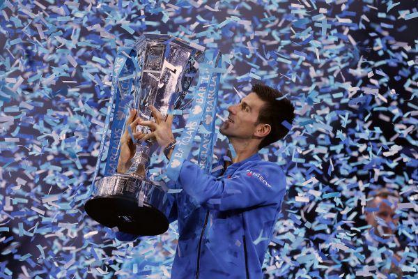 Intouchable, Djokovic l'emporte sur Federer