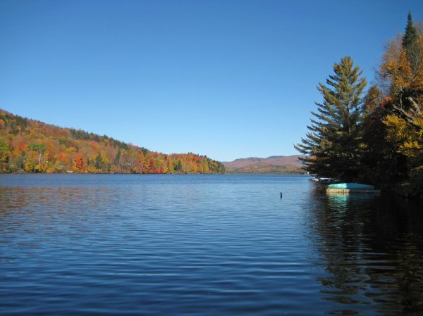Lac Saint-Charles: «trop peu trop tard», dit l'opposition