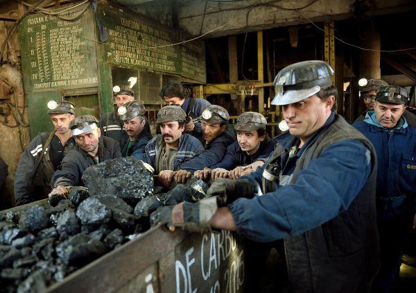 Allianz s'éloigne du charbon