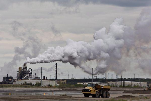 Suncor pourrait avoir de la concurrence dans ses efforts pour racheter Canadian Oil Sands