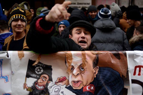 Ankara et Moscou disent vouloir éviter l'escalade