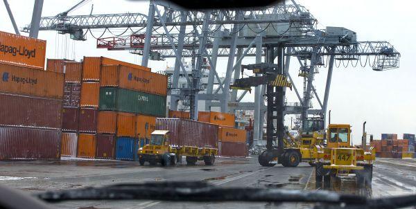 Hausse prévue de 10 % des exportations du Québec en 2015