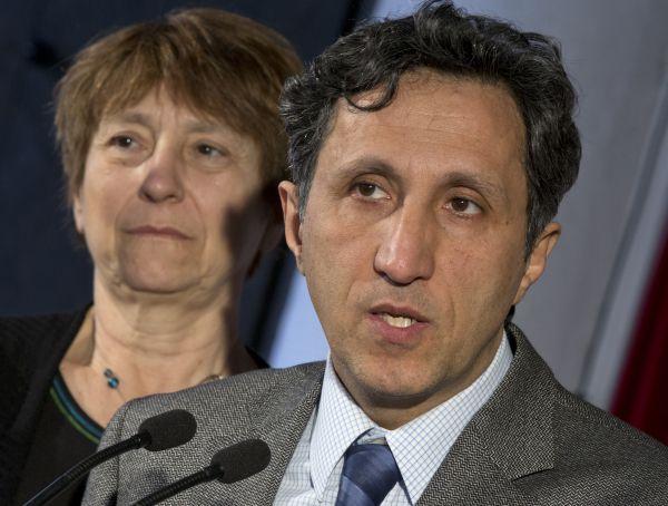 Le contrat de 64millions est une forme de collusion, selon Khadir