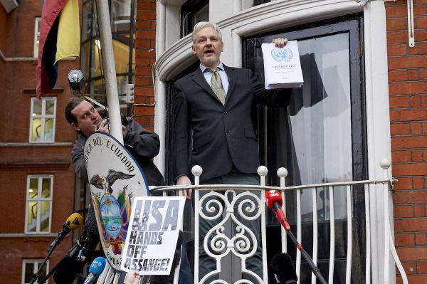 Julian Assange crie «victoire»