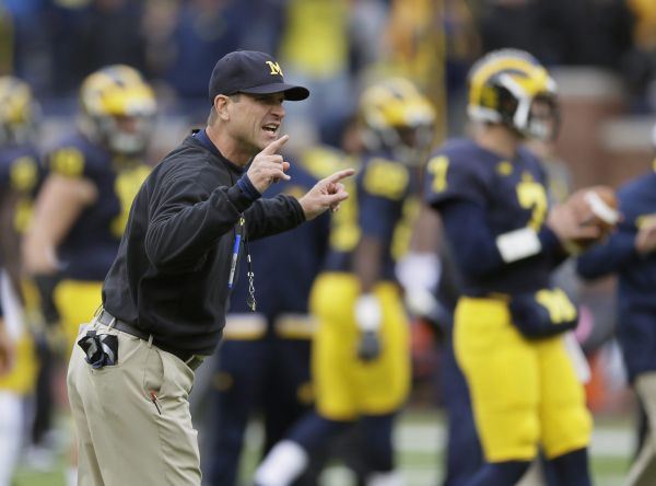 Entre Broncos et Panthers, le coeur de Jim Harbaugh balance