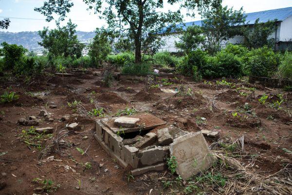 250 tombes pillées en deux mois à Freetown