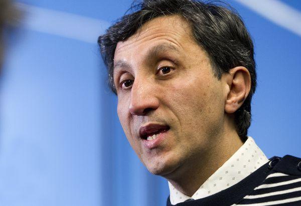 Pas d'alliance avec le PQ de Péladeau, affirme Khadir
