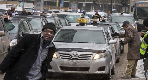 Les chauffeurs de taxi promettent un «blocus»