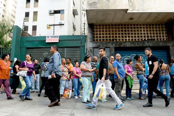 Le Venezuela en état d'urgence économique
