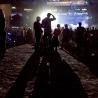 Le spectacle de la Fête nationale sur les Plaines, à Québec. Malgré le beau temps, la cuve naturelle dans laquelle se massent les foules des Plaines était loin d'être remplie quand le spectacle a débuté vers 21h.