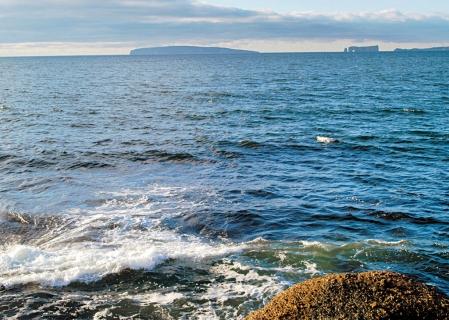 La Gasp�sie fait partie du vaste territoire marin o� des projets p�troliers ou gaziers pourraient �tre entrepris.<br />