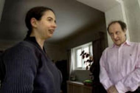 Michelle Dawson, une chercheuse autiste, et le Dr Laurent Mottron, professeur au département de psychiatrie de l'Université de Montréal.