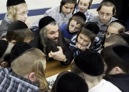 http://www.ledevoir.com/images_galerie/d_79294_69727/ecoles-juives.jpg